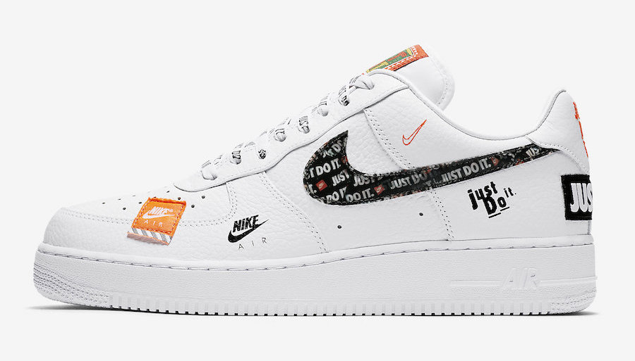 FIRST KICK : NIKE AIR FORCE 1 LOW « JUST DO IT » – First Team