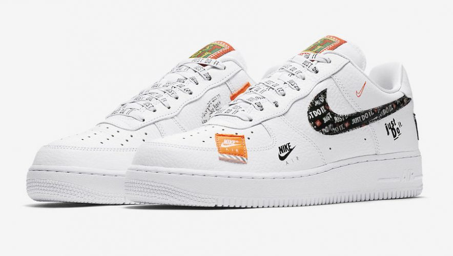 FIRST KICK : NIKE AIR FORCE 1 LOW « JUST DO IT » </p>                 <!--bof Quantity Discounts table -->                                 <!--eof Quantity Discounts table -->                  <!--bof Product URL -->                                 <!--eof Product URL -->             </div>             <div id=